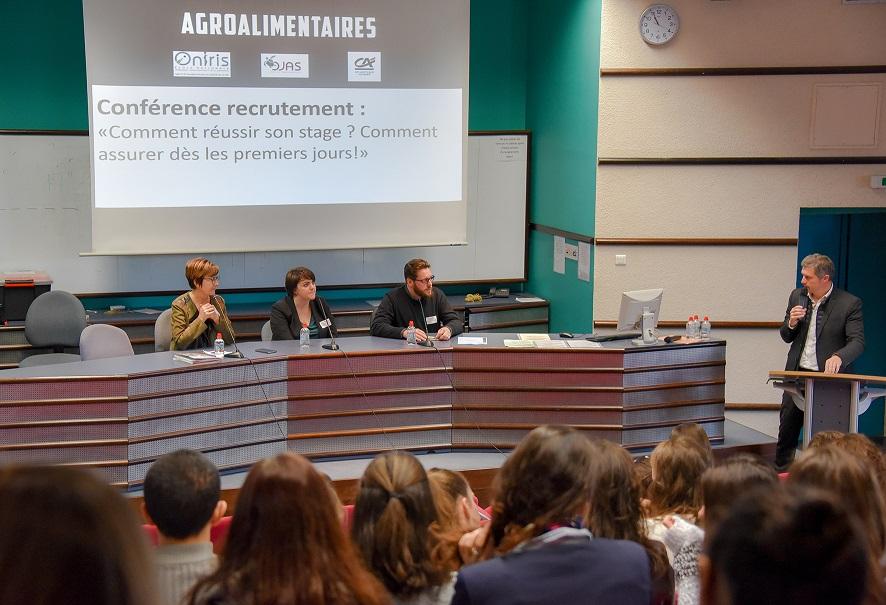 Conférence recrutement au forum des métiers d'Oniris - Filières Agroalimentaires
